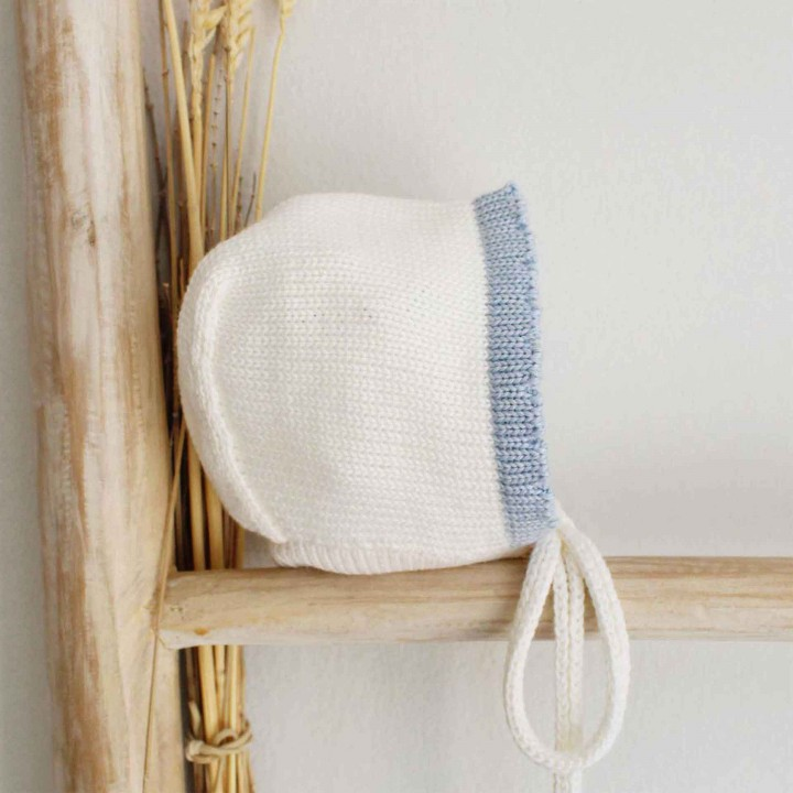 Organic wool trim bonnet