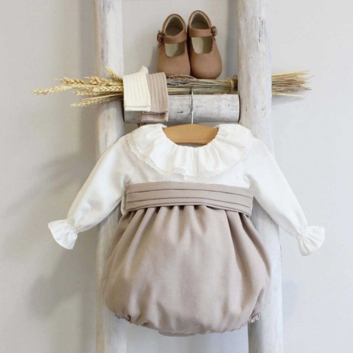 Mix Romper with frilly collar