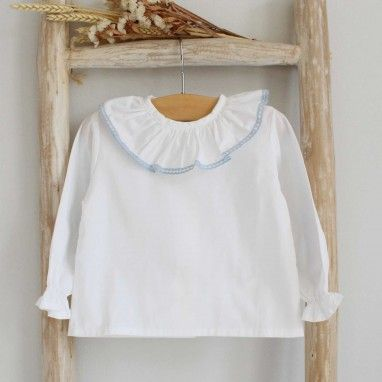 Frilly collar shirt blue lace trim