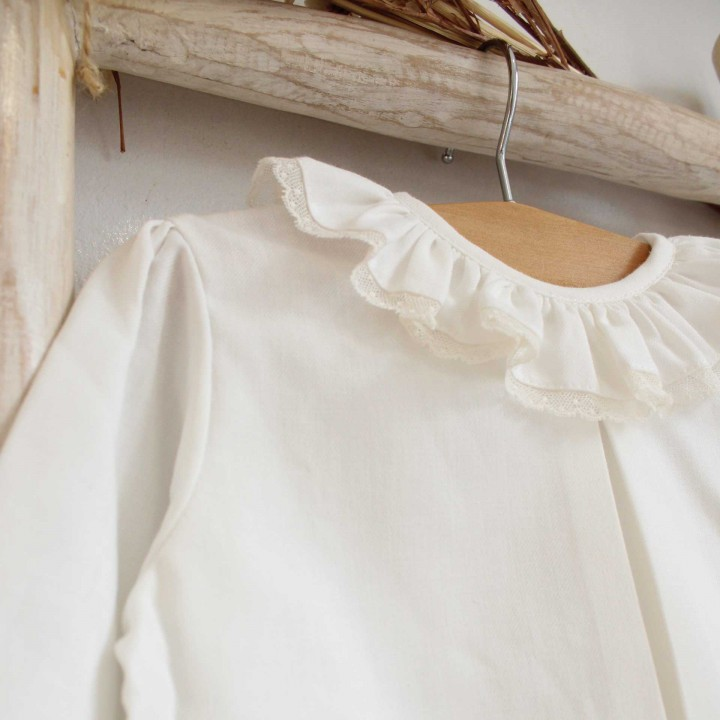 Pearl Shirt with lace trim