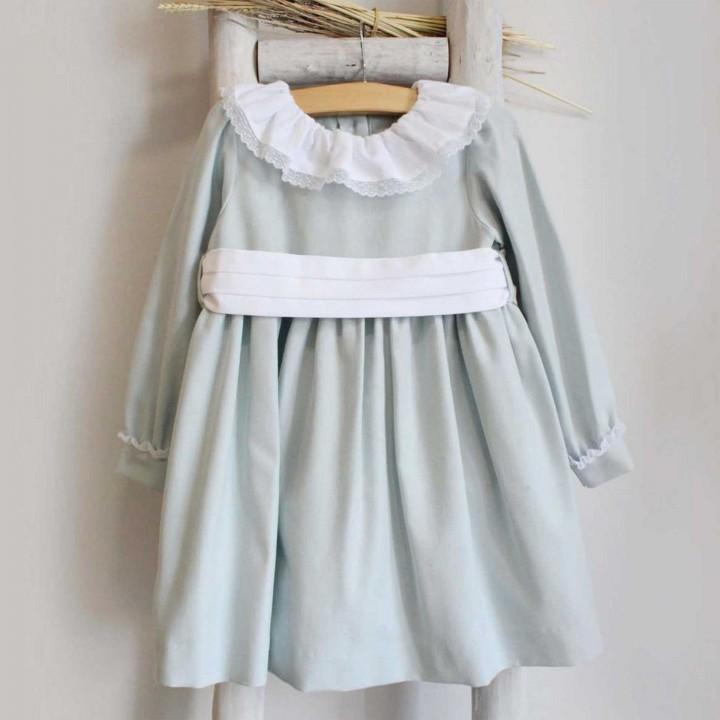 Vestido de manga comprida com renda no punho