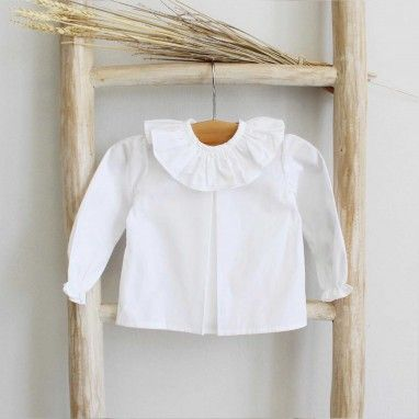 Frilly collar shirt