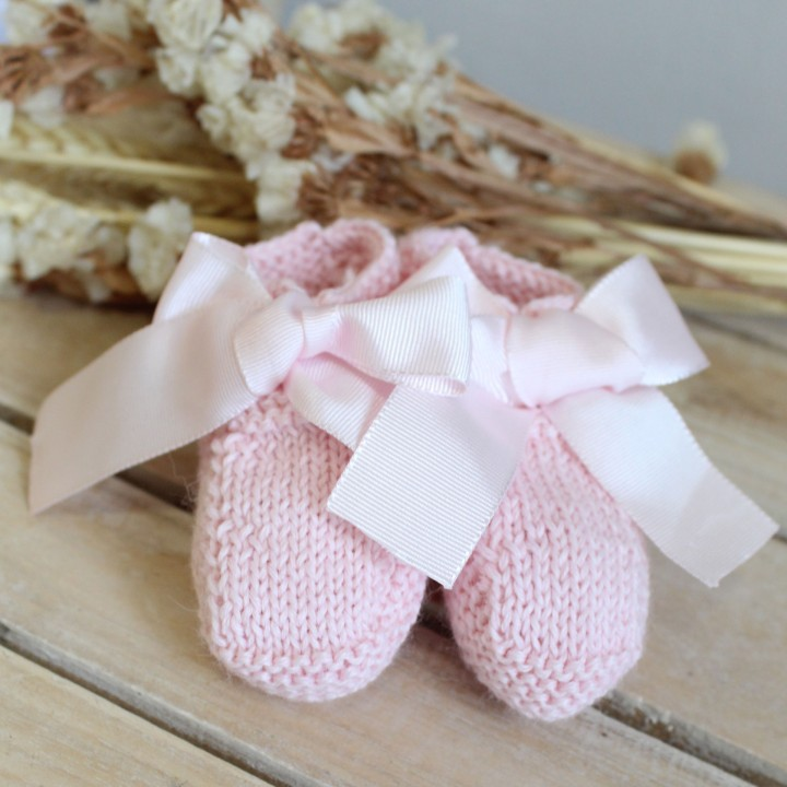 Botinhas em lã Rosa claro com laço