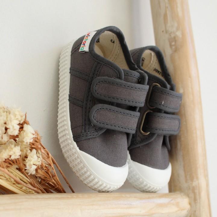 Canvas straps shoes