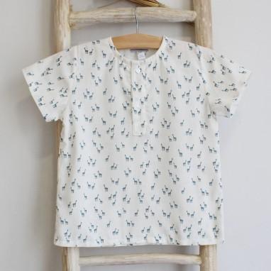 Camisa com girafas