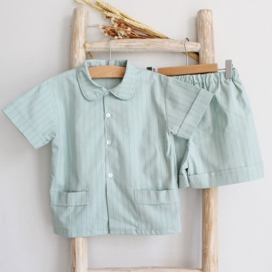 Pijama riscas verdes