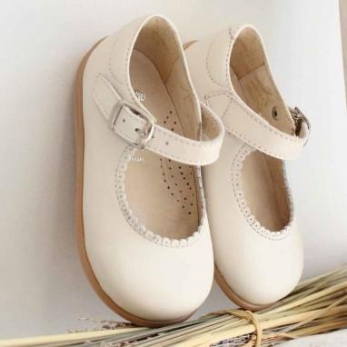 Sapatos Pérola com sola flexível