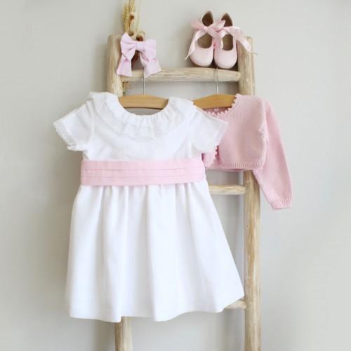 Vestido Faixa Rosa claro e Gola de Renda