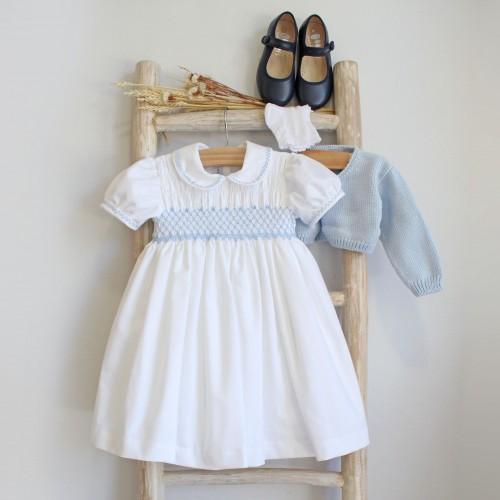Vestido Branco Bordado a Azul