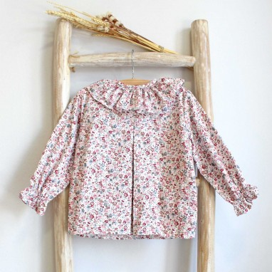 Floral shirt with frilly collar