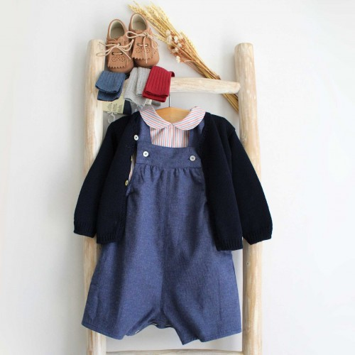 Jardineira azul jeans