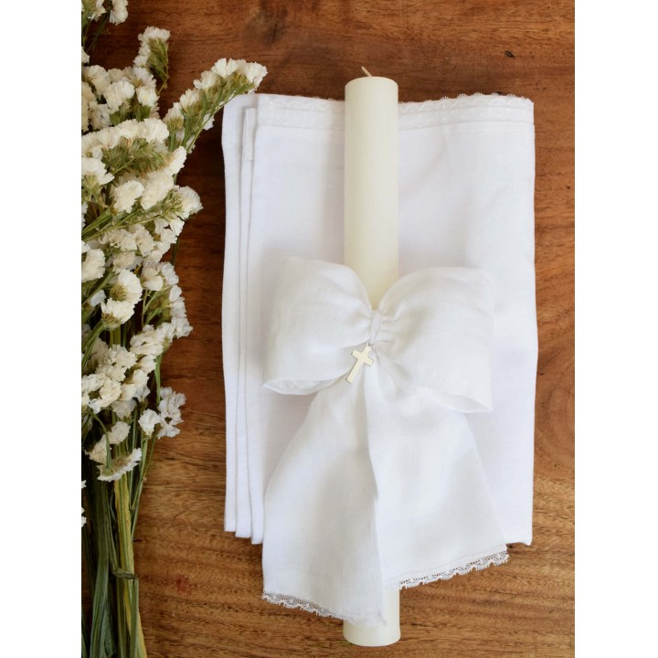 Cadle with White Linen Bow