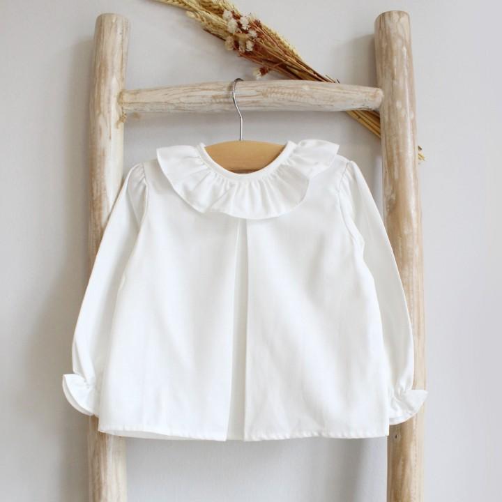 Frilly collar shirt