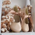Leather Shoes with Bow